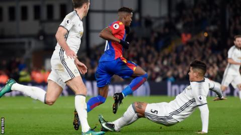 Marcos Rojo: Man Utd boss Jose Mourinho defends player over tackle