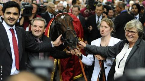 Treve, trained by Criquette Head-Maarek (right)