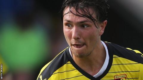 Watford's Steven Berghuis has joined Feyenoord