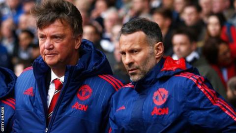 Louis van Gaal and Ryan Giggs both look concerned as they watch Manchester United in action.