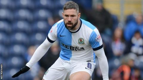Oldham Athletic manager David Dunn