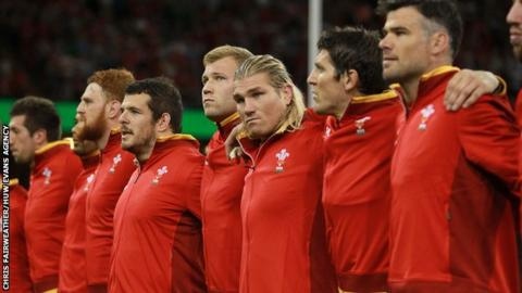 Richard Hibbard with Wales team mates