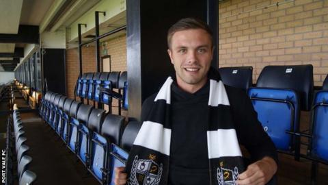 New Port Vale signing Graham Kelly