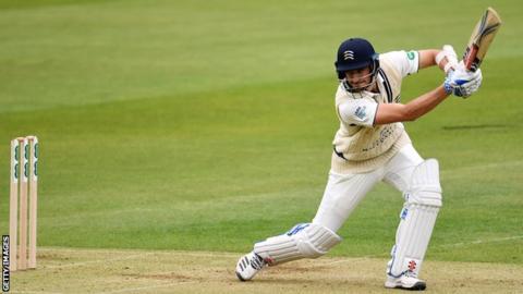 Middlesex batsman Stevie Eskinazi plays a shot