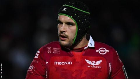 Tom Price of Scarlets