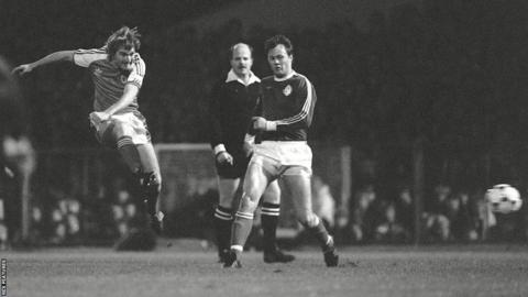 1981: Wales were held to a 2-2 draw by Iceland, which ultimately ended their 1982 World Cup qualification hopes. The game will also be remembered for a floodlight failure at Swansea's Vetch Field.