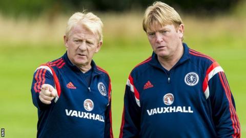 Gordon Strachan and Stuart McCall