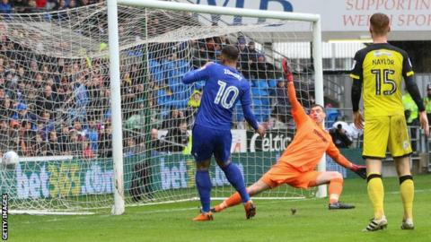 Kenneth Zohore goal