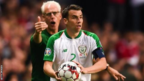 Mick McCarthy shouts instructions to Republic skipper during Friday's 1-1 draw in Denmark