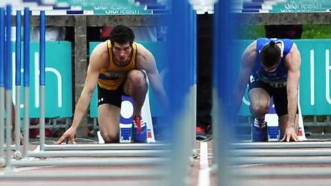 Ben Reynolds (left) on the start line in Dublin on Sunday