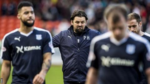 Manager Paul Hartley with some of his Dundee players