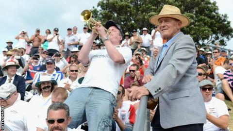 Billy plays alongside Geoffrey Boycott, New Zealand, 2015