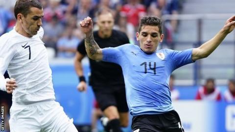 Sampdoria sign Jankto as Torreira move draws near