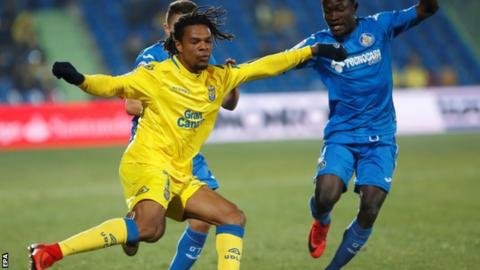 Loic Remy in action for Las Palmas