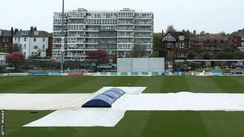 Hove under cover