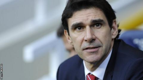 Aitor Karanka in the dugout for Nottingham Forest