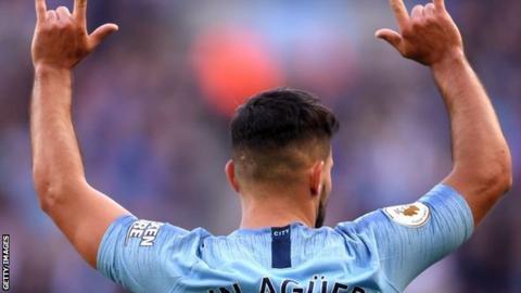Sergio Aguero celebrates scoring for Man City