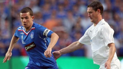 Barry Ferguson playing for Rangers against Zenit St Petersburg in the 2008 Uefa Cup final
