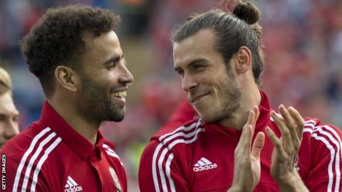 Hal Robson-Kanu and Gareth Bale