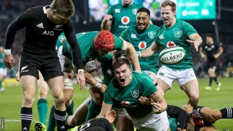 World Cup: Ireland to play New Zealand in last eight after Japan beat Scotland