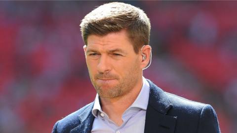 Liverpool youth coach Steven Gerrard