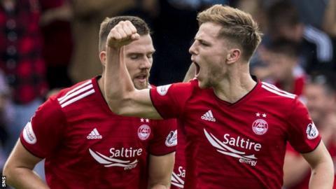 Aberdeen striker Bruce Anderson celebrates