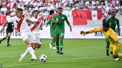 Peru's Guerrero scores twice in 3-0 win over Saudi Arabia