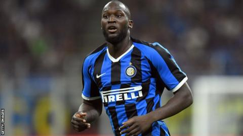 Romelu Lukaku playing for Inter Milan