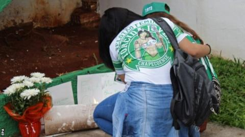Fans mourn the Chapecoense players that died in Monday's plane crash