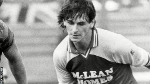 Mick Kennedy