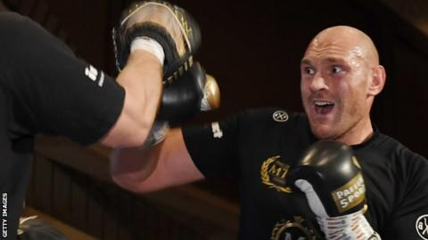 Fury faces Tom Schwarz in Las Vegas on Saturday night