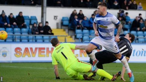 Tom Walsh scores for Morton