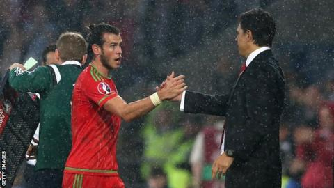 Wales boss Chris Coleman congratulates Gareth Bale during the Euro 2016 qualifying win over Belgium