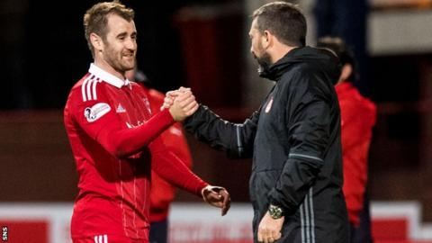 Former Aberdeen winger Niall McGinn