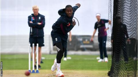 environment Jofra Archer bowling in the nets at Old Trafford