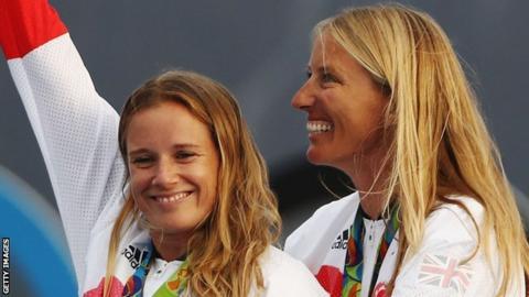 Hannah Mills (left) with Saskia Clark