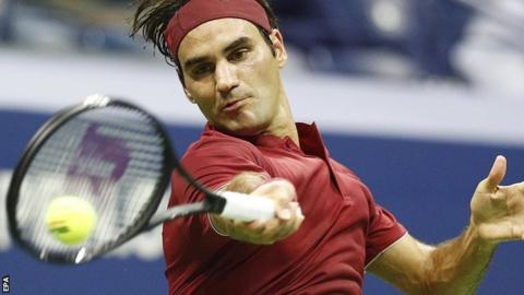 Federer cruises, Djokovic beats Open heat