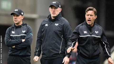 Steve Tandy (centre) with Ospreys backroom staff Gruff Rees and Allen Clarke