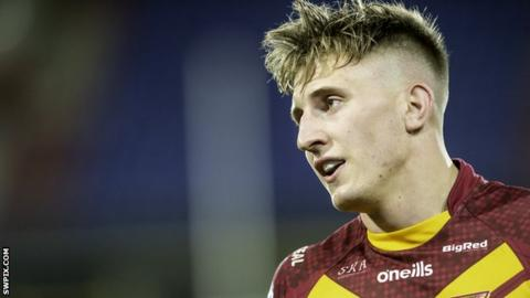 Alex Mellor has scored four tries in his past three games for Huddersfield Giants