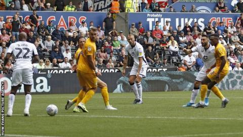 Borja shoots for Swansea