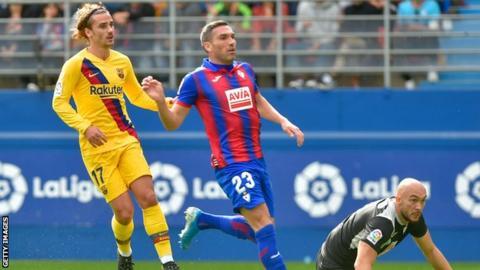 Antoine Griezmann opens up on relationship with Lionel Messi & Luis Suarez