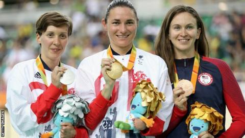 Crystal Lane and Sarah Storey with medals