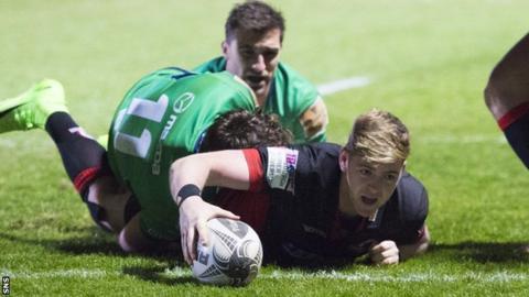 Glenn Bryce scores for Edinburgh against Connacht