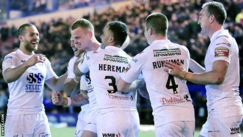 Widnes celebrate Kevin Brown's try