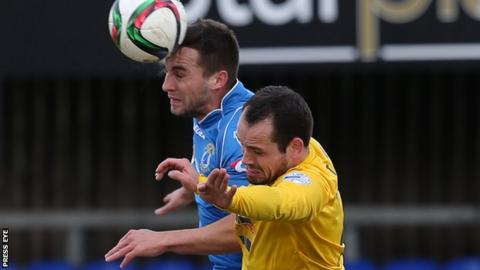 Chris Hegarty has signed a two-year contract with Dungannon