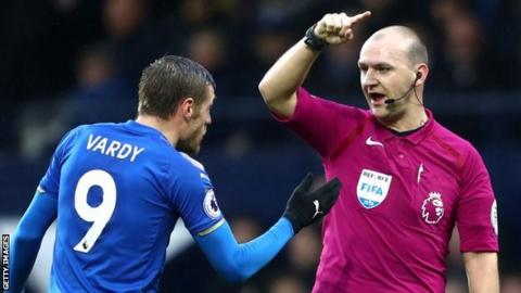 Madley, 32, quits as referee