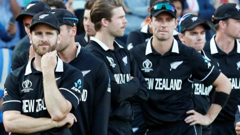 Kane Williamson and his New Zealand players wait to receive their losers' medals