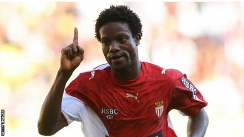 Mohamed Kallon playing for Monaco