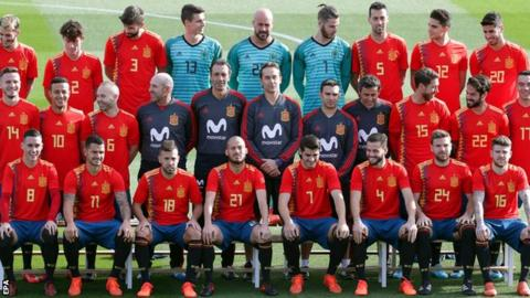 Federation Internationale de Football Association warns Spanish FA over interference in election