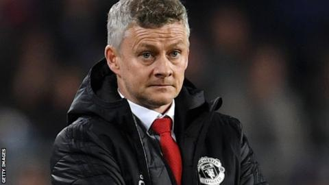 Solskjaer demands derby reaction from 'hurt' United